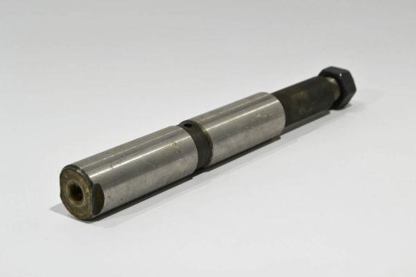Палец рессоры FAW-3252 передней под гидроцилиндр